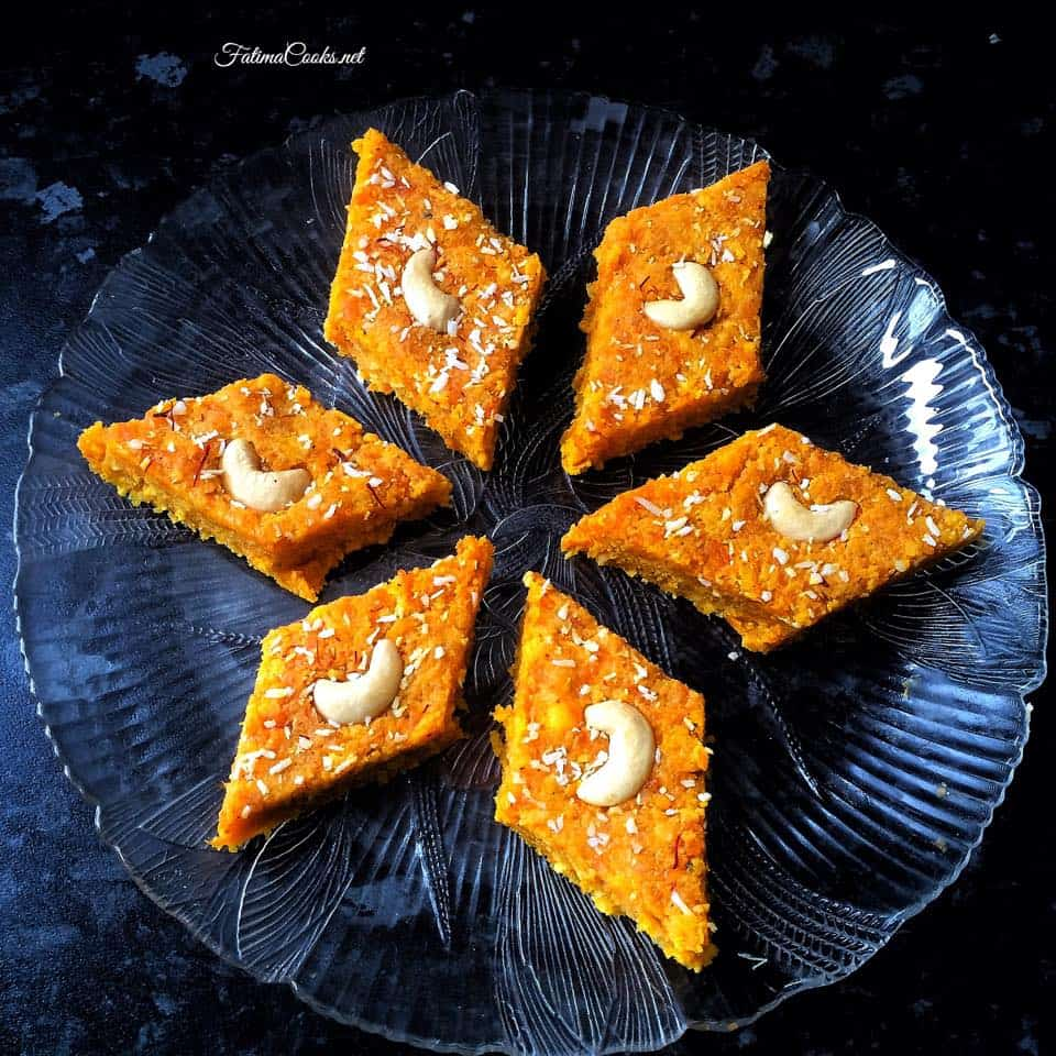 Recipe in Urdu - Gajar Ki Barfi - Indian/Pakistani Carrot Fudge