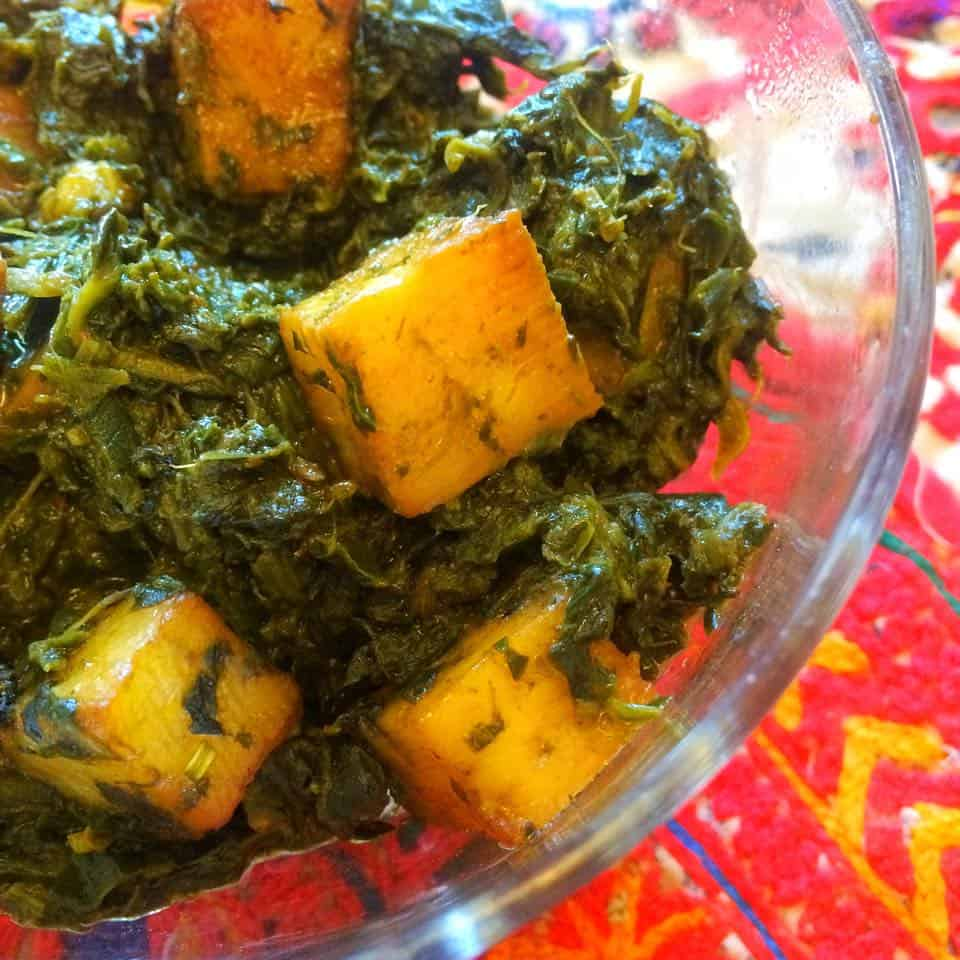 Palak Paneer - Spinach and Paneer Curry Recipe @ FatimaCooks.net